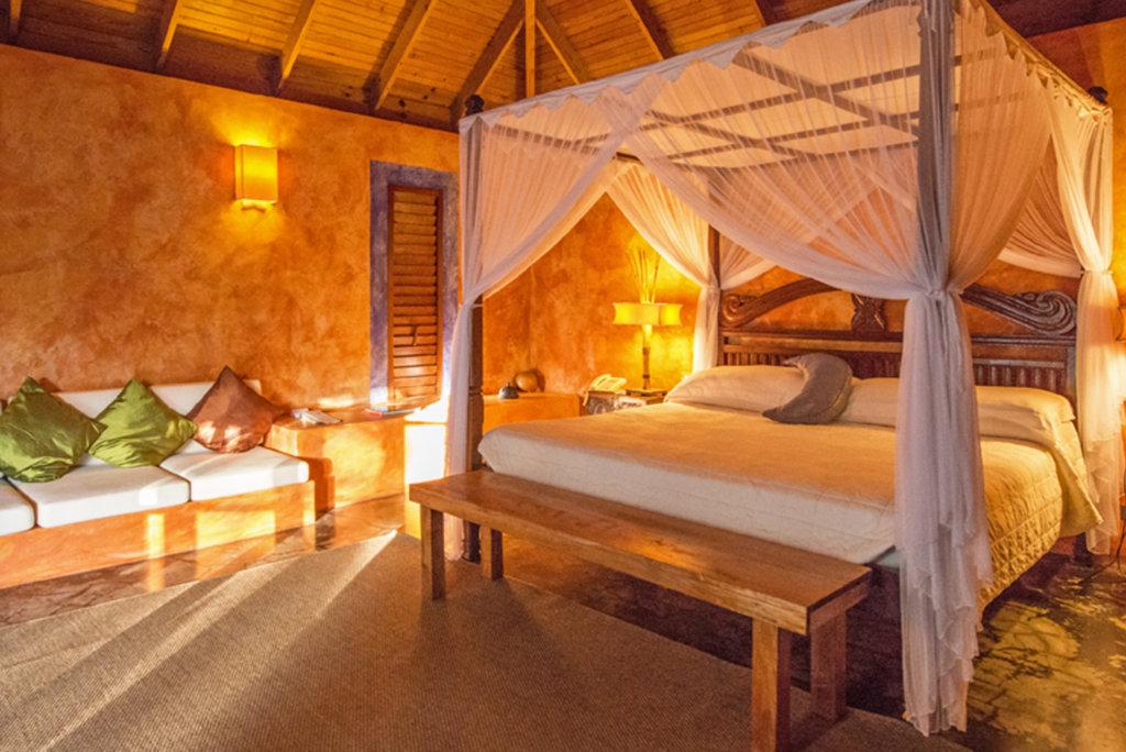 laluna romantic bedrooms