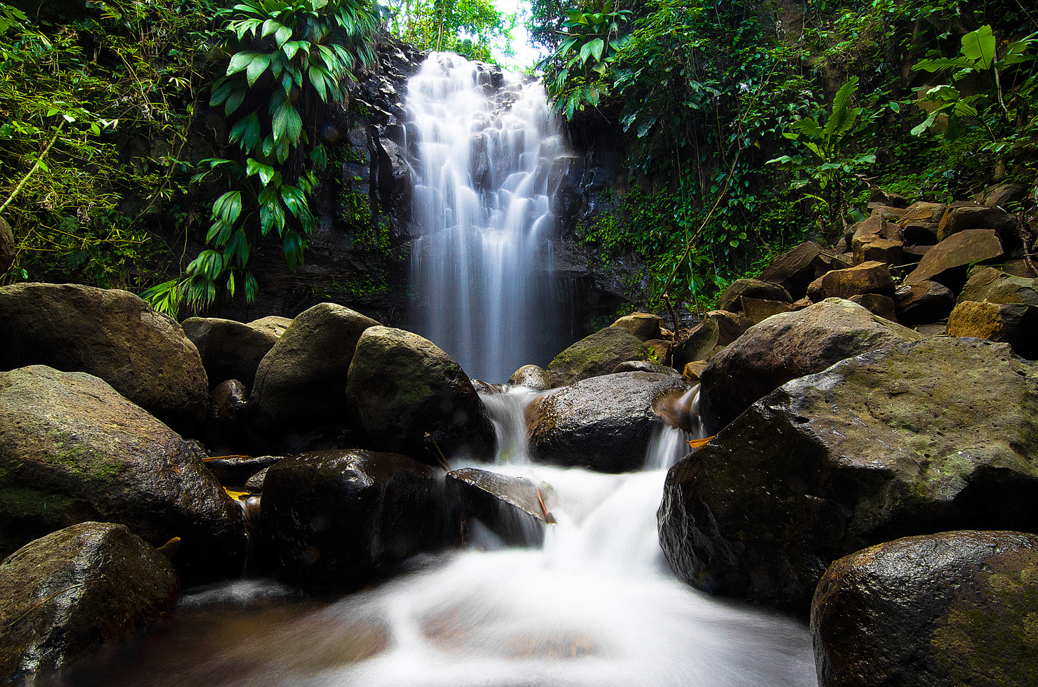 things to do in grenada waterfalls