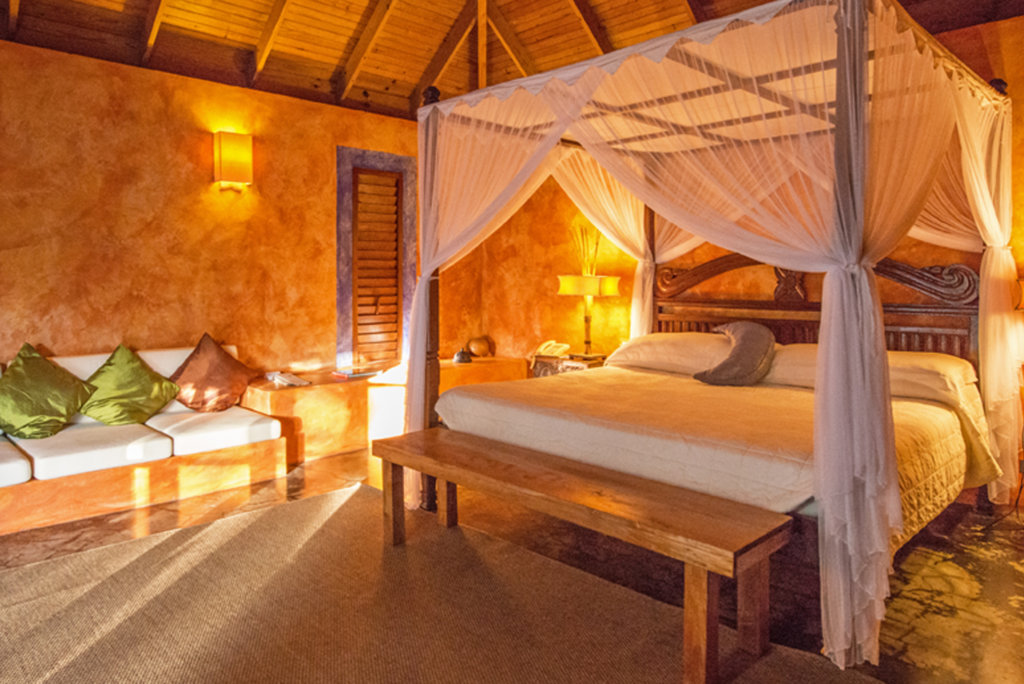 laluna romantic bedrooms