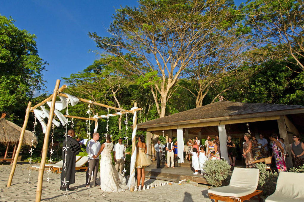 laluna resort, for the weddng of a lifetime on the beach in Grenada