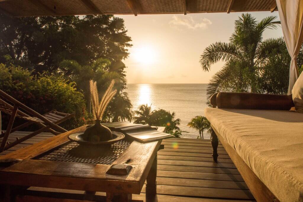 laluna cottage veranda with sunset