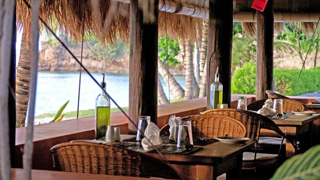 grenada beach restaurant