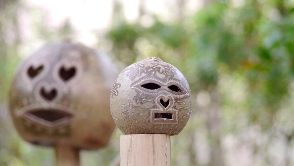 calabash carving face
